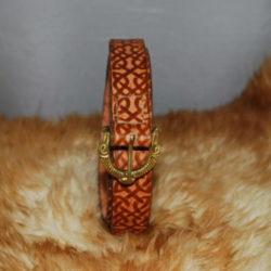 ceinture tan et boucle viking